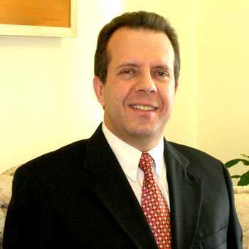 Dr. Eduardo Regonha